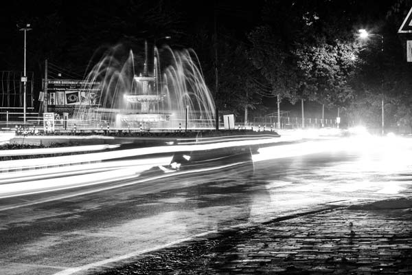 A view of fountain in city during night