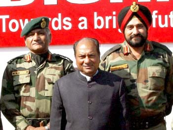 The two Generals before the exposé.
