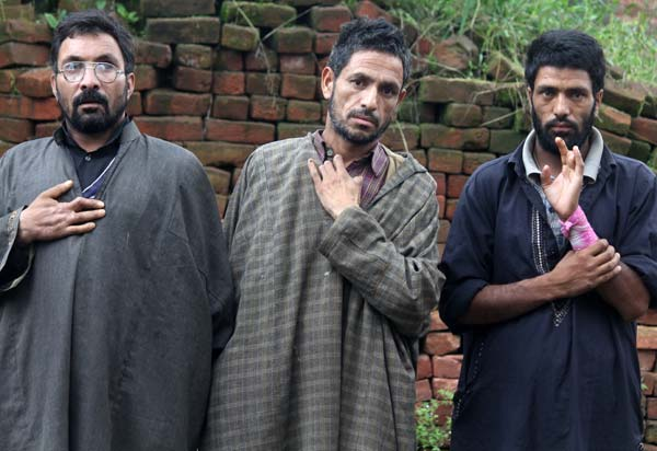 Shell Severed: These three villagers of Shanglipora near Tosa Maidan have been left handicapped by shell explosions in meadow. While taken their cattle for gazing to meadow, they stepped on stray shells which left them handicapped.
