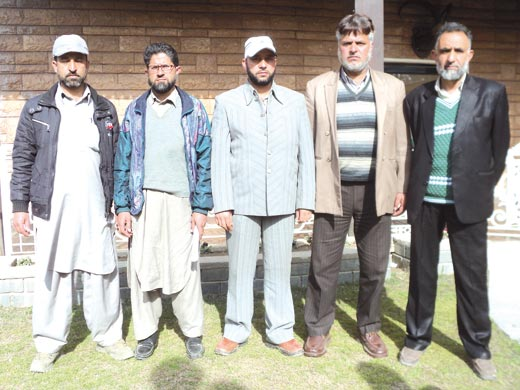 Five Sarpanches of Tosamaidan  area and members of Tosamaidan Bachao Front(TPF).