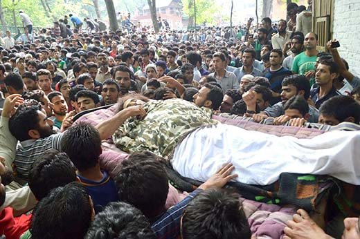 Funeral-Procession-of-one-of-the-three-militants-killed-in-Tral-on-19th-June-2014