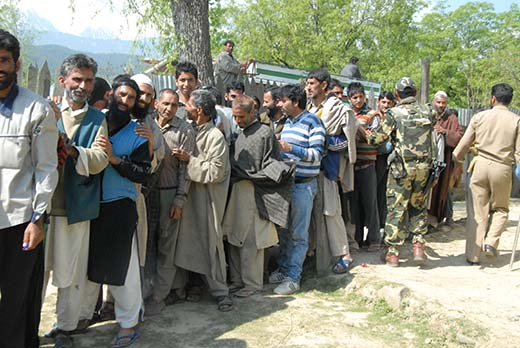 Voters-outside-a-Polling-booth-in-Budgam