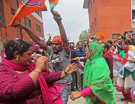 Amit-Shah-Padshah!-Cover-Page-Kashmir-Life