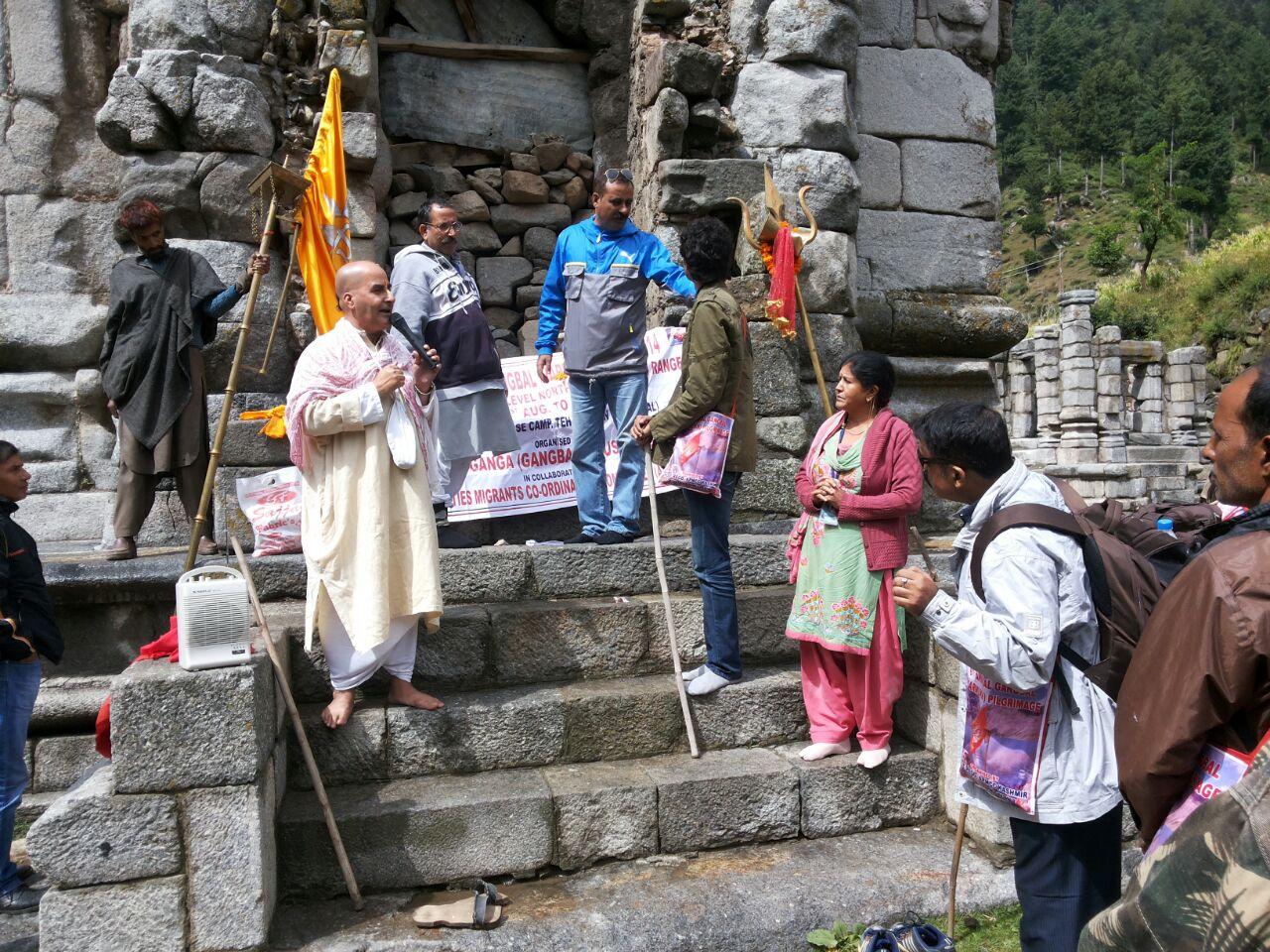 Braving unrest, Pandits perform Gangbal yatra in Kashmir