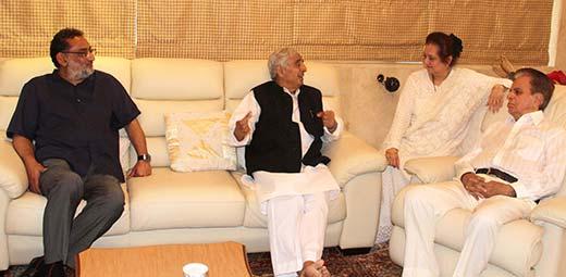 Dr Haseeb Drabu, Mufti Sayeed with Dilip Kumar and his wife Saira Bano.