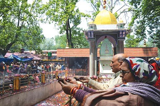 Kashmiri-Pandit-Kheerbhawani