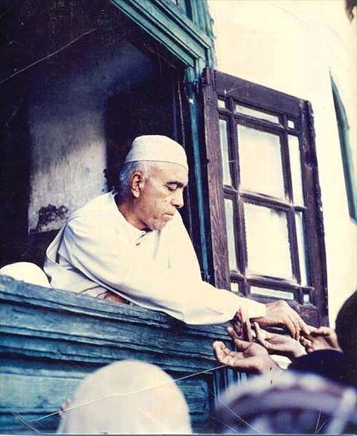 When Sheikh Abdullah was not in jail, he would spend most of his time at Dargah Hazratbal, a schedule that eventually led him to reconstruct the shrine on modern lines.