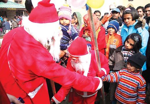 Christians-celebrating-Christmas-in-Kashmir-valley
