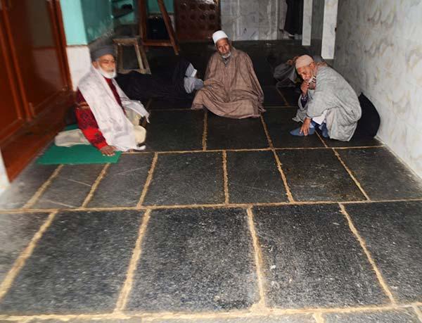 Hamam-(Poter-Khan)-Masjid-Srinagar-Kashmir