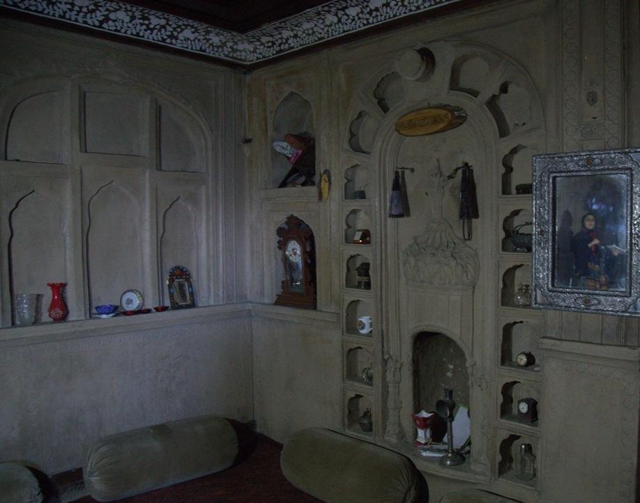 Jalali house kashmir s marvel mansion for Architecture synonym