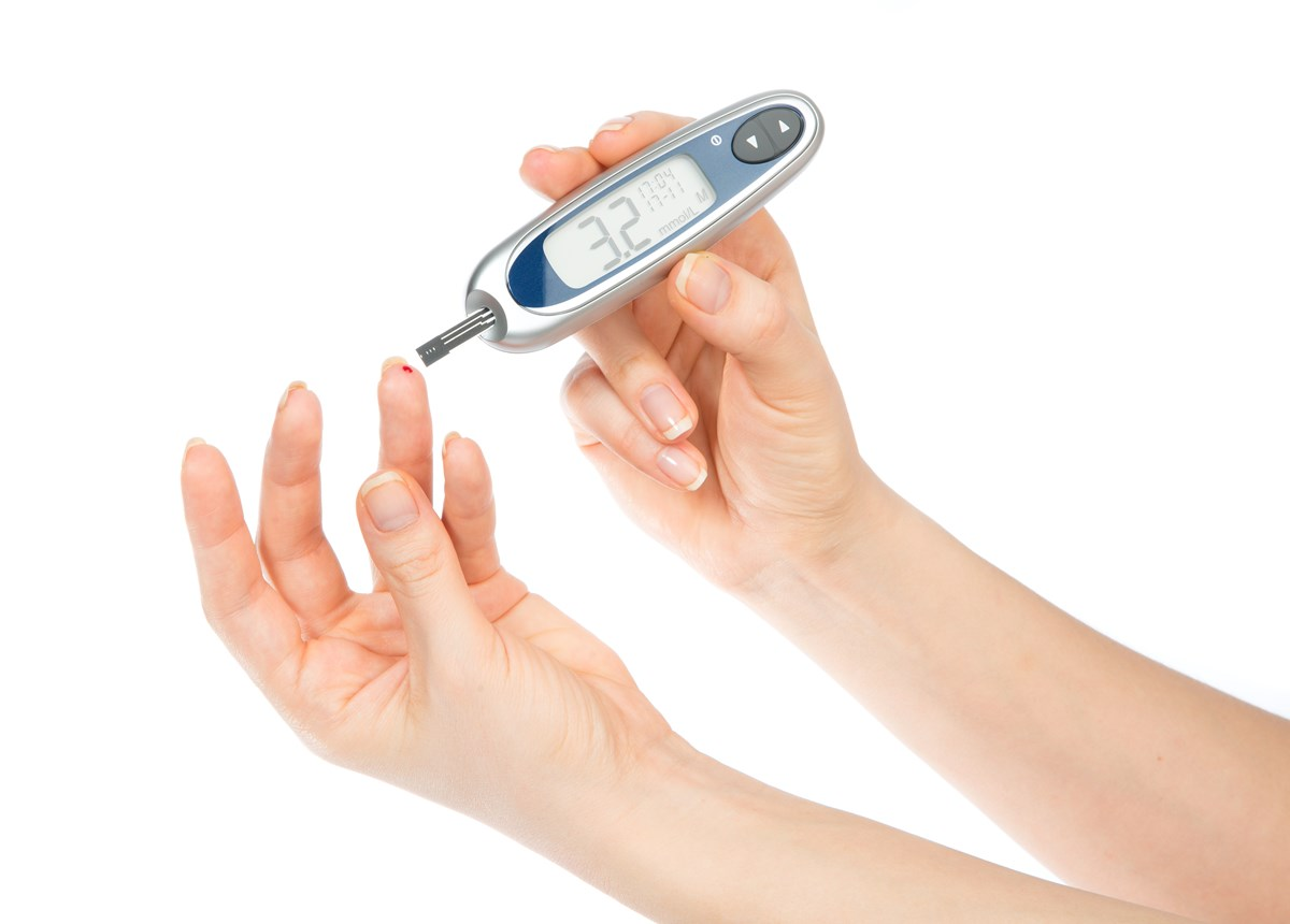 monitoring blood glucose levels essay Introduction continuous glucose monitoring (cgm) involves a subcutaneously implanted enzyme electrode that senses interstitial fluid as a proxy for blood glucose levels.