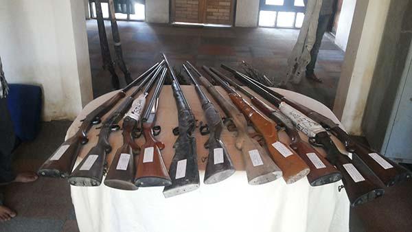 Hokersar--confiscated-guns