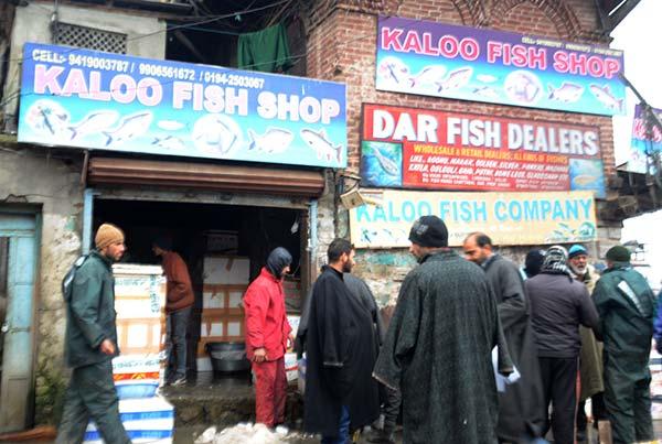 Srinagar-Fish-Shop