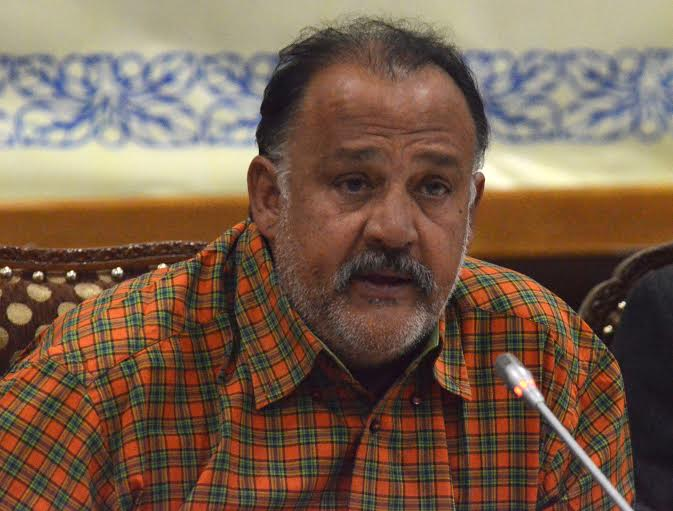 kher�s is an isolated voice says bollywood�s alok nath