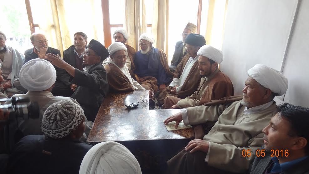Sheikh Nazir Ul Mehdi Mohammadi in Ulama Council of Islamia School Kargil on May 05, 2016.