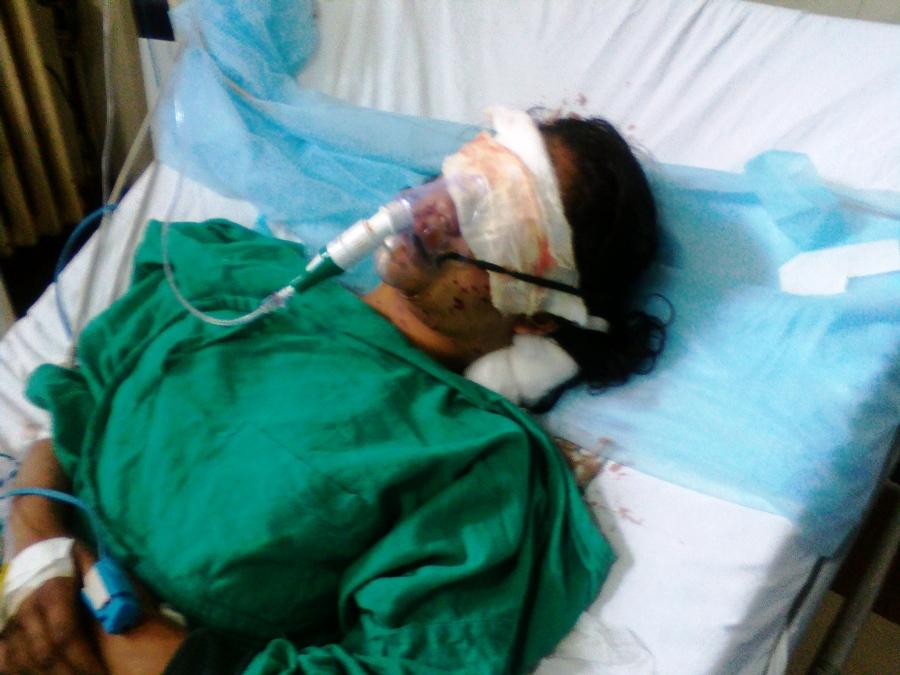 Insha battling for her lige in SMHS's ICU. (Photo: Ubeer Naqushbandi/KL)