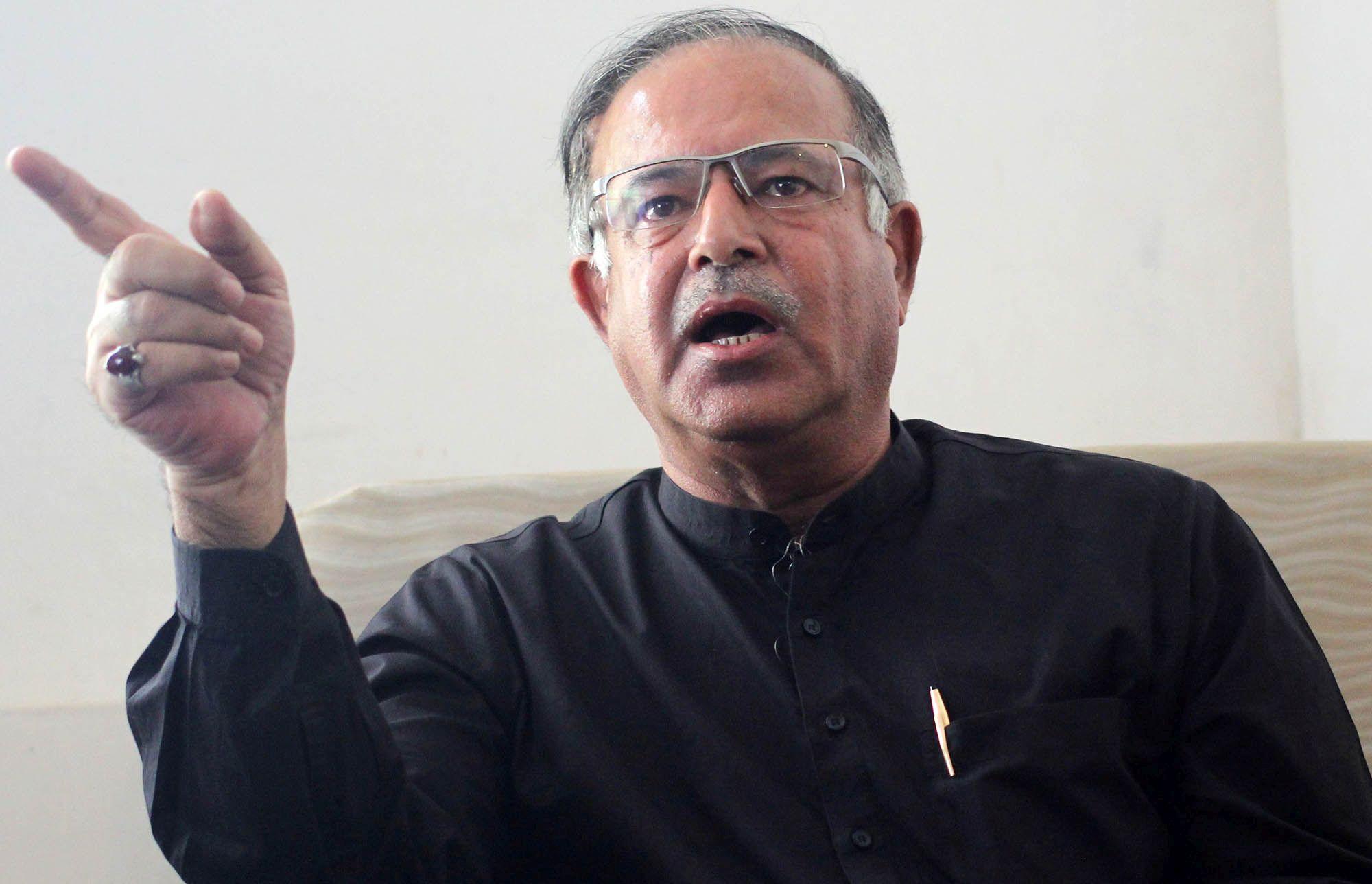 PDP leader, Srinagar Lok Sabha MP, Tariq Hameed Karra quits party