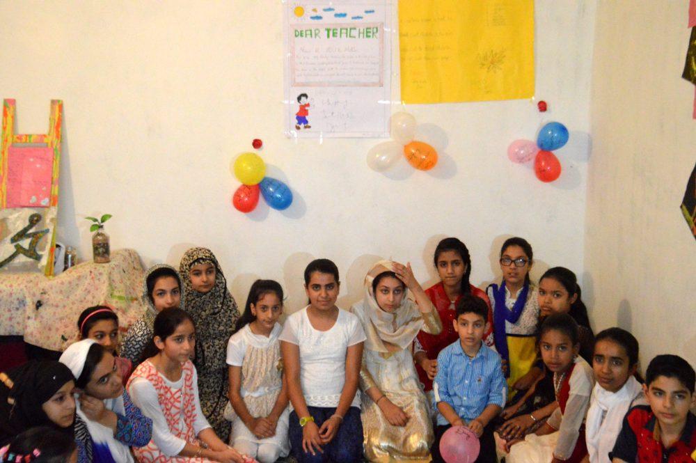 Kids of Islamabad's Curfew School. (Photo: Aakash Hassan/KL)